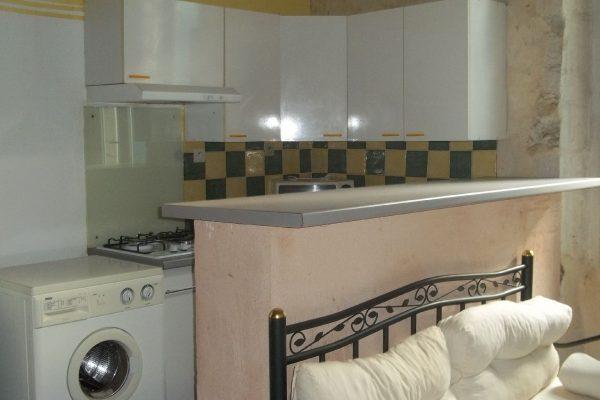 A vendre maison de village à DONZERE (DROME).  Maison de village de 45 m² comprenant au 1er...