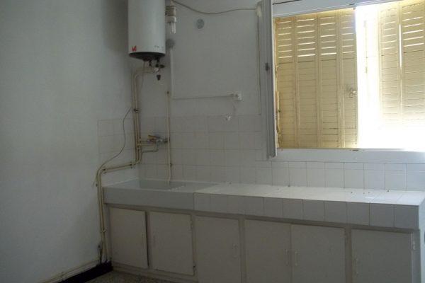 A VENDRE APPARTEMENT DE TYPE F1 A PIERRELATTE (DROME) Appartement de type F1 en...