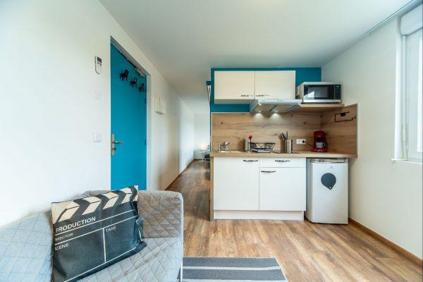 RARE - T1 meublé à PIERRELATTE Appartement neuf, meublé et entièrement équipé dans...