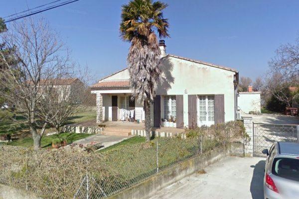 A PIERRELATTE (26 DROME). Dans quartier recherché, Maison comprenant : - au rez de chaussée...